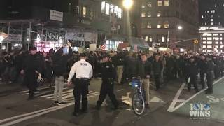Thousands demonstrate in Manhattan to protect Russia investigation