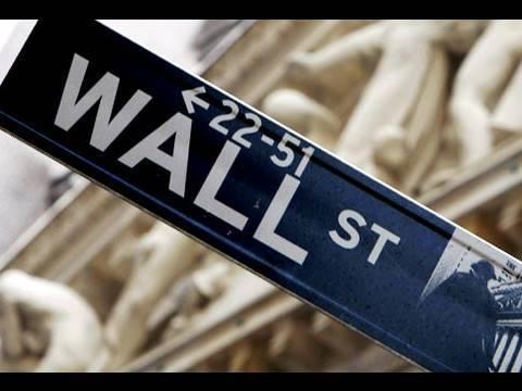 Wall Street Hiring, Paying More & Giving Bonuses