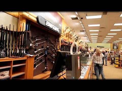 مول لبيع الاسلحة بامريكا - لقينا جميع انواع الاسلحة الي تحلم بيهة !!!