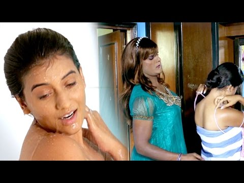 अक्षर सिंह हॉट बाथिंग सिन | Bold Scene Of Akshara Singh | A Balma Bihar Wala | Hot Uncut Scene
