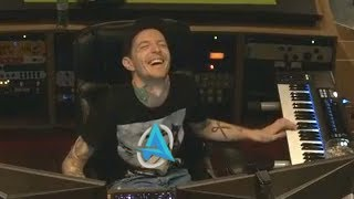 DEADMAU5 *ACCIDENTALLY* FINDS ALI-A INTRO SONG