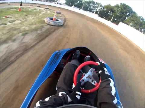 Snydersville Raceway Heat Race