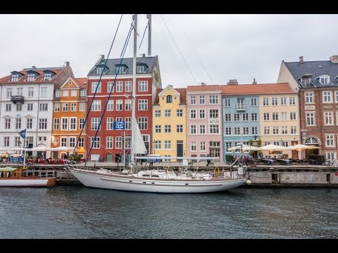 Nyhavn, the colorful 17th century waterfront, Copenhagen, Denmark