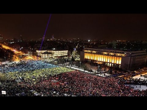 Romania parliament backs anti-corruption referendum