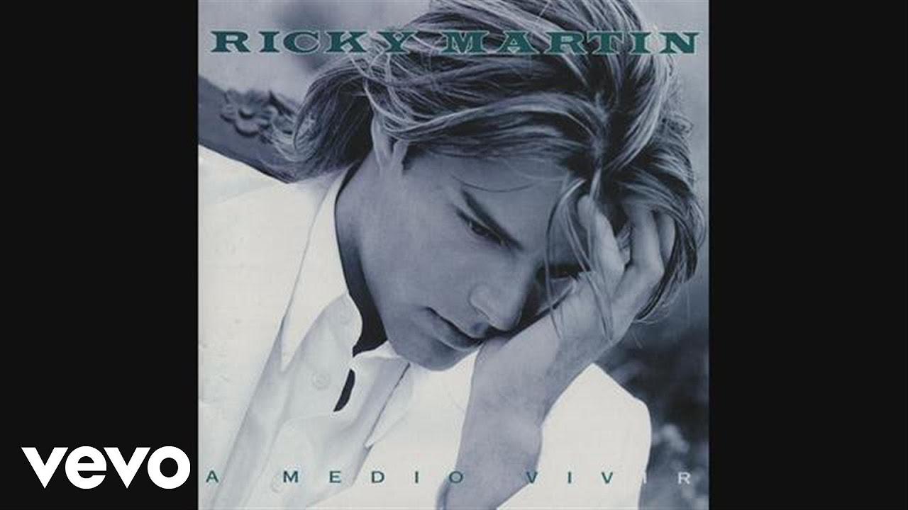 Ricky Martin - A Medio Vivir (Audio)