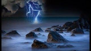 FORTE PLUIE ORAGE TONNERRE Et ÉCLAIRS 💧💦 Étude Relaxation Sommeil Profond – Bruits De La Nature