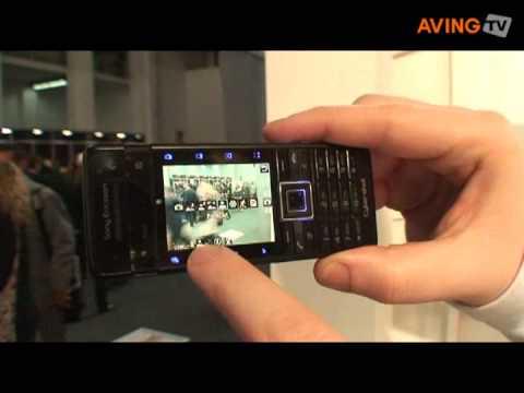 Sony Ericsson to display Cyber-shot phone 'C902'