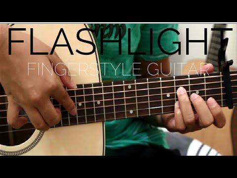 Flashlight - Jessie J (Pitch Perfect 2) - Fingerstyle Guitar