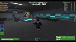 playing some zombie rush on roblox