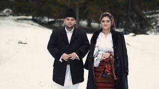 Palage Marius si Elena Hazbeiu - La capatul satului (Colind)