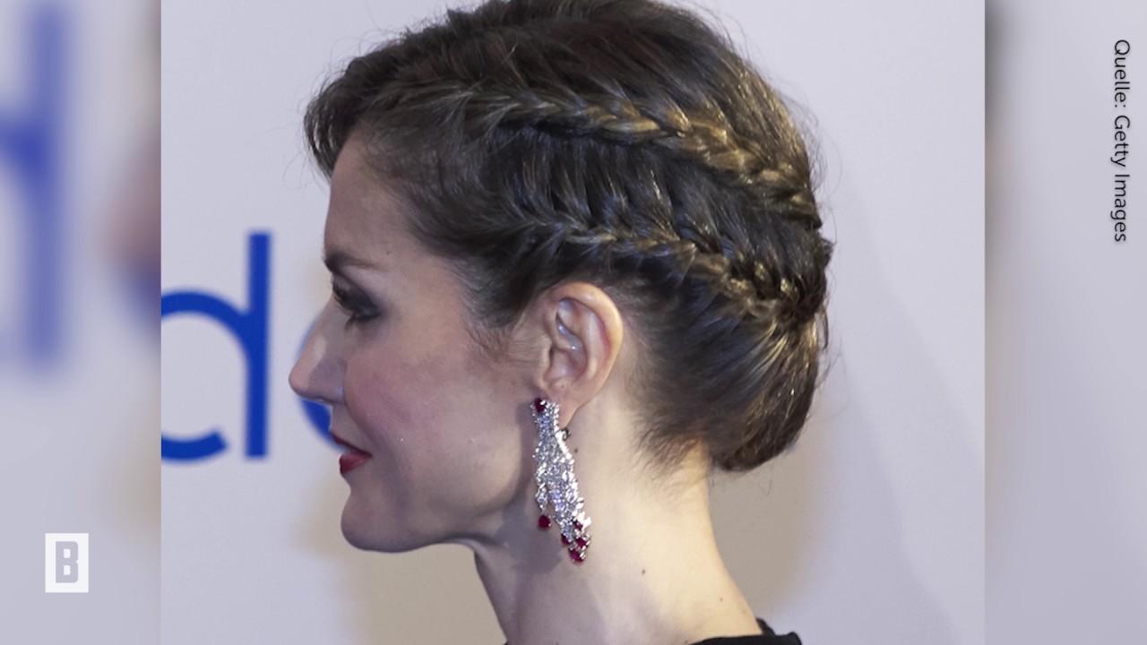 Letizia Von Spanien Frisur Mit Zwei Seiten Rechts Elegant Links