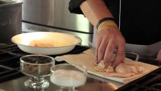 How Long Do I Deep-fry Chicken Wings With Flour? : Making Meals Delicious