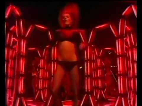 Legs & Co - Boogie Nights - Heatwave (10th Feb 1977)