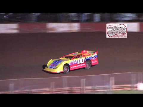 Dixie Speedway Econo Bomber Heat Race and Feature 03/11/2017