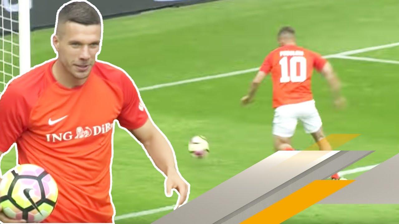 Knaller Tor Von Lukas Podolski Champions For Charity Youtube