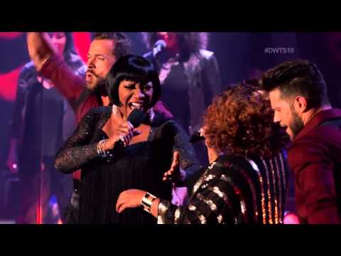 """Lady Marmalade"" Patti LaBelle, Lil' Kim & Amber Riley // Dancing With the Stars"