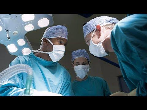 Лапароскопическая резекция правой почки с опухолью