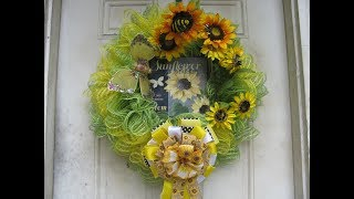 Carmen's 2019, SunFlower Market Wreath, With PersonalLeeYours sign