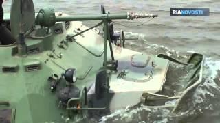 Russische Marine-Infanteristen: Übungseinsatz an der Wolga