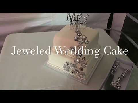 beautiful-jeweled-wedding-cake