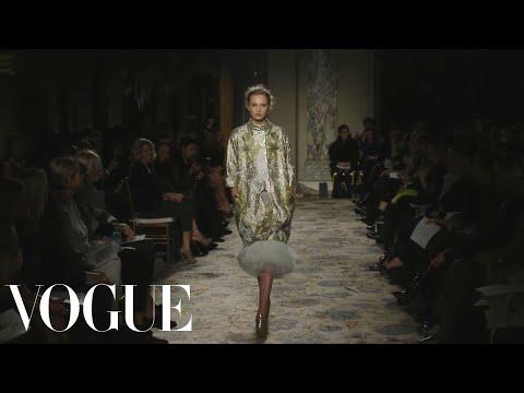 Marchesa Ready to Wear Fall 2012 Vogue Fashion Week Runway Show