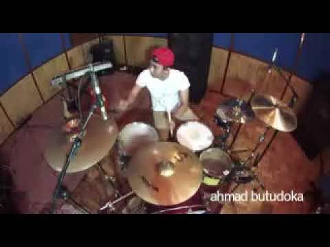 Cover drum via valen remix (sayang)