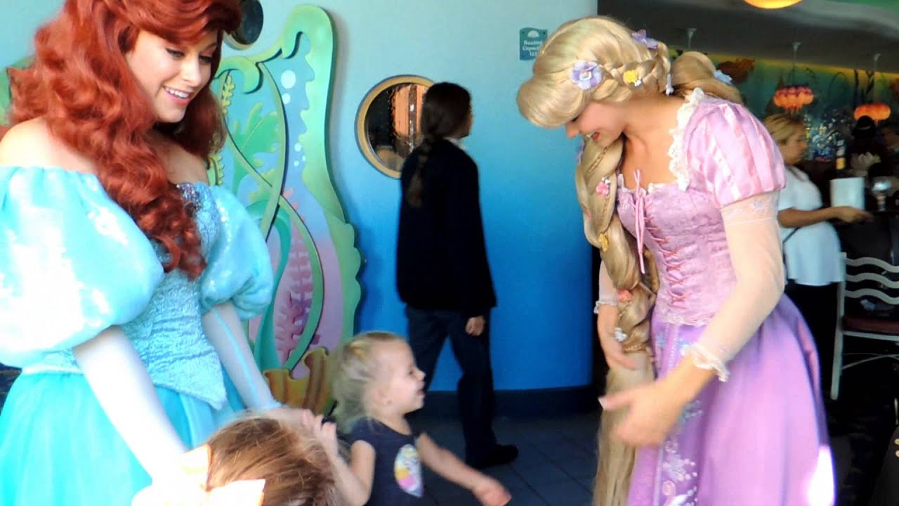 Our Special Meet And Greet With Disneyland Princesses Youtube