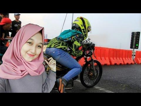 HEBUOHH Cewek Berhijab ikut Balapan Drag Bike Resmi Tulungagung Satria FU