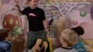 Mark Hoppus with kids