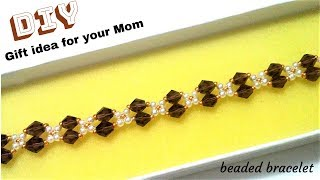 Gift idea for your mom. DIY gift. Beaded bracelet