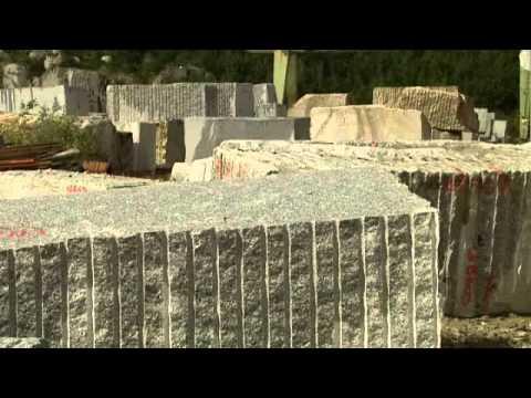 Visite d\'une carrière de granit du Sidobre - YouTube
