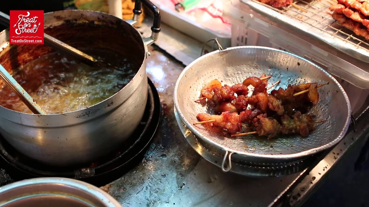 Bangkok street food fried pork with sticky rice yaowarat bangkok street food fried pork with sticky rice yaowarat chinatown asian street food recipes forumfinder Choice Image
