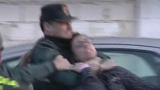 Ana Julia Quezada PUDRETE!!