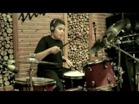 Eli Soares - Tudo Que Eu Sou - Play Along - Tavinho Drums (10 Anos)