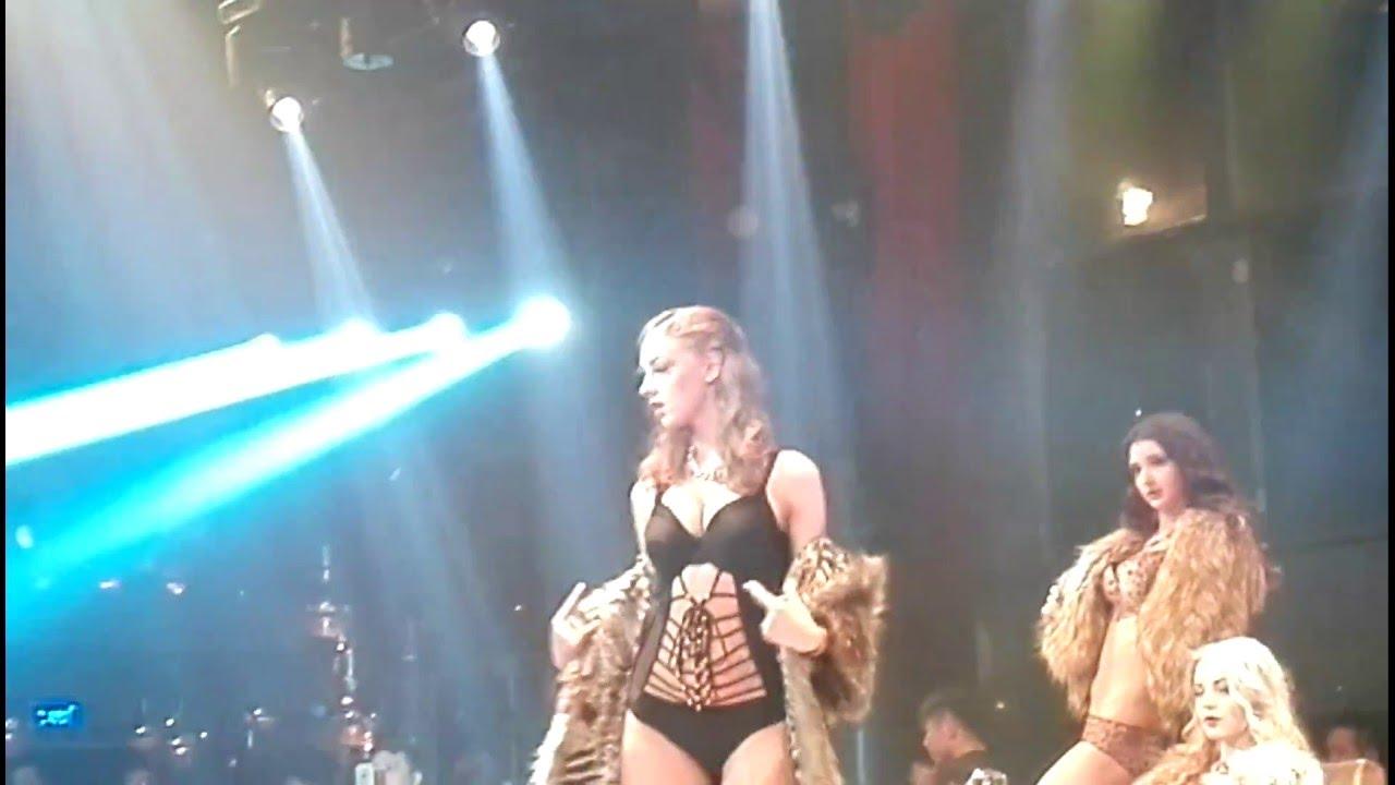 Jennifer bini wild things nude