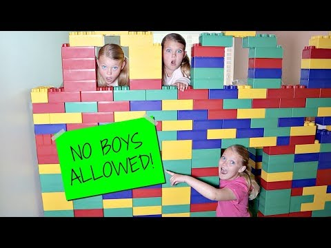 Girls Only GIANT LEGO FORT! No Boys Allowed