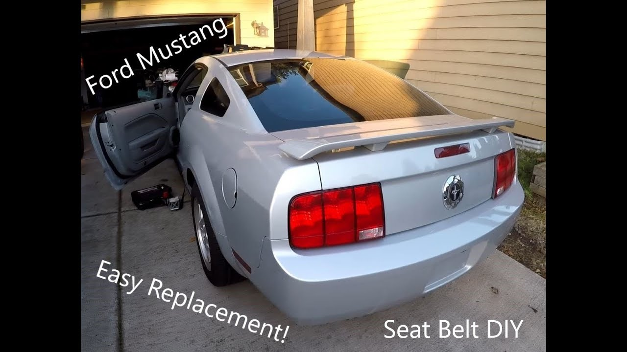 2005 - 2009 Ford Mustang Seat Belt Replacement