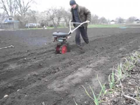 видео: Как посадить картошку мини мотоблоком без лопаты