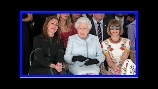 Anna Wintour Slammed For Wearing Sunglasses While Seated Next To The Queen At LFW: Tweets