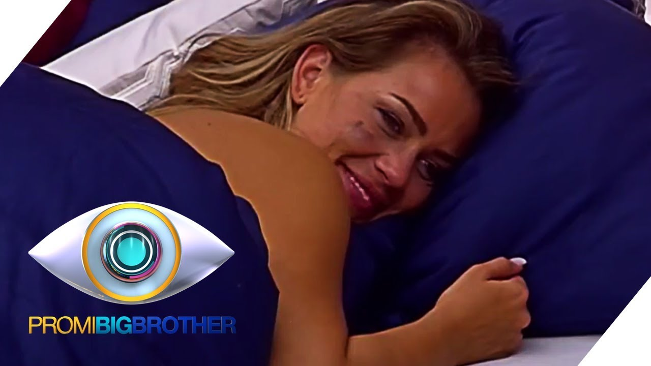 JESSICA PASZKA: NACKT IM BETT | BEST OF | Promi Big Brother | SAT.1