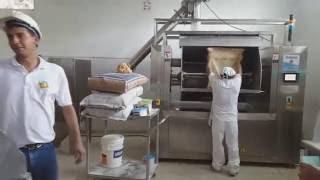 Amasadora horizontal con elevador de harina