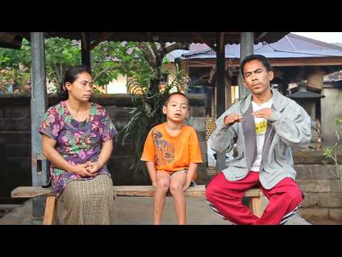 Video: The Indonesian village where 80% of residents use sign language for communication