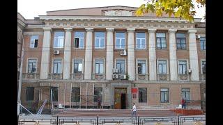 Со здания керченского суда стирают стиль \