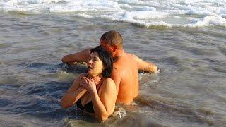 В Геническе прошли крещенские купания 2017