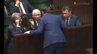 Dominik Tarczyński postawiony do pionu przez Kaczyńskiego. Po słowach o