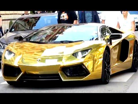 Видео Gold Ferrari