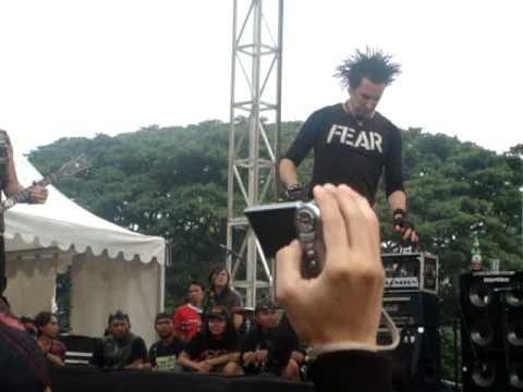 Total Chaos Live In Bandung ( 13 Dec 2009 )