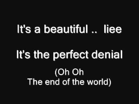 30 Seconds To Mars - A Beautiful Lie ( lyrics )