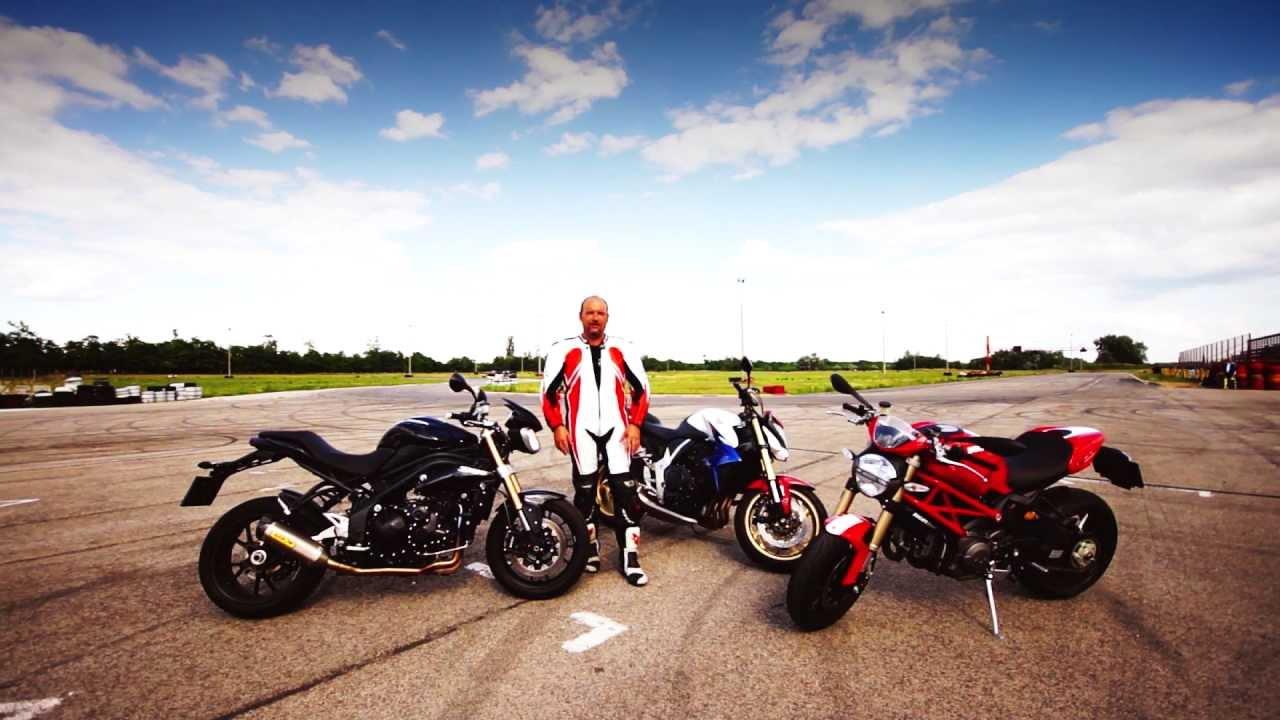 Ducati Monster  Vs Mt