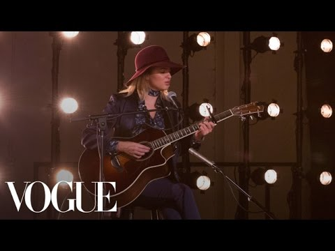 """Paper Hearts"" By Tori Kelly – The CFDA/Vogue Fashion Fund – Vogue"